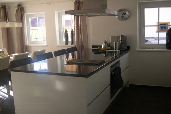 Keuken Schiereiland Met Bar : Ennovy Hacker Systemat AV 4030 in oud wit hoogglans